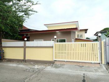 บ้านเดี่ยว 2 ชั้น สวย ถนนบางนาตราด ศรีนครินทร์  แต่งใหม่ ราคาถูก