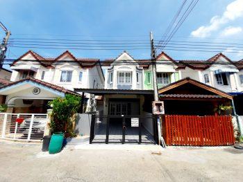 ขายบ้านแฝด ถนนแพรกษา หมู่บ้านเพชรงาม ติดโรงเรียนปทุมคงคา นิคมบางปู