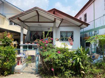 ขายบ้านเดี่ยว ติดถนนเทพารักษ์เพียง 500 เมตร ซอยขจรวิทย์ บ้านสวย ทำเลดี หมู่บ้านเปี่ยมเจริญ